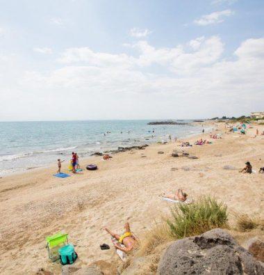 Le Rochelongue Campsite: Rochelongue beach