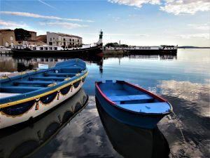 Camping Le Rochelongue : Vue Du Port De Marseillan